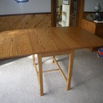 Drop Leaf table - Oak